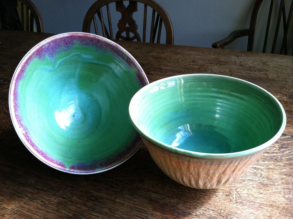 Large chattered bowls