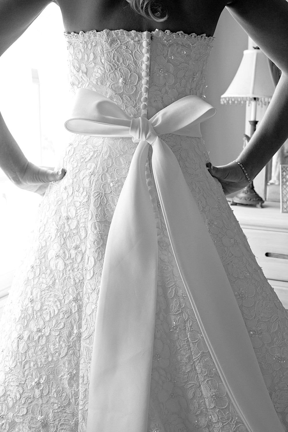 backofdressbw_1.jpg