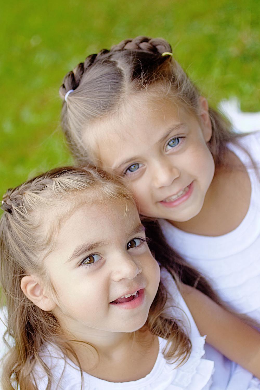 sisterscolor_3.jpg