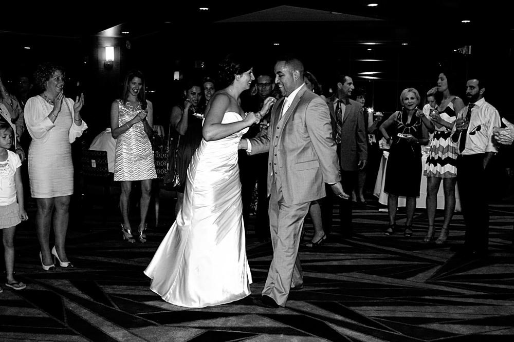 dancing_3_bw.jpg