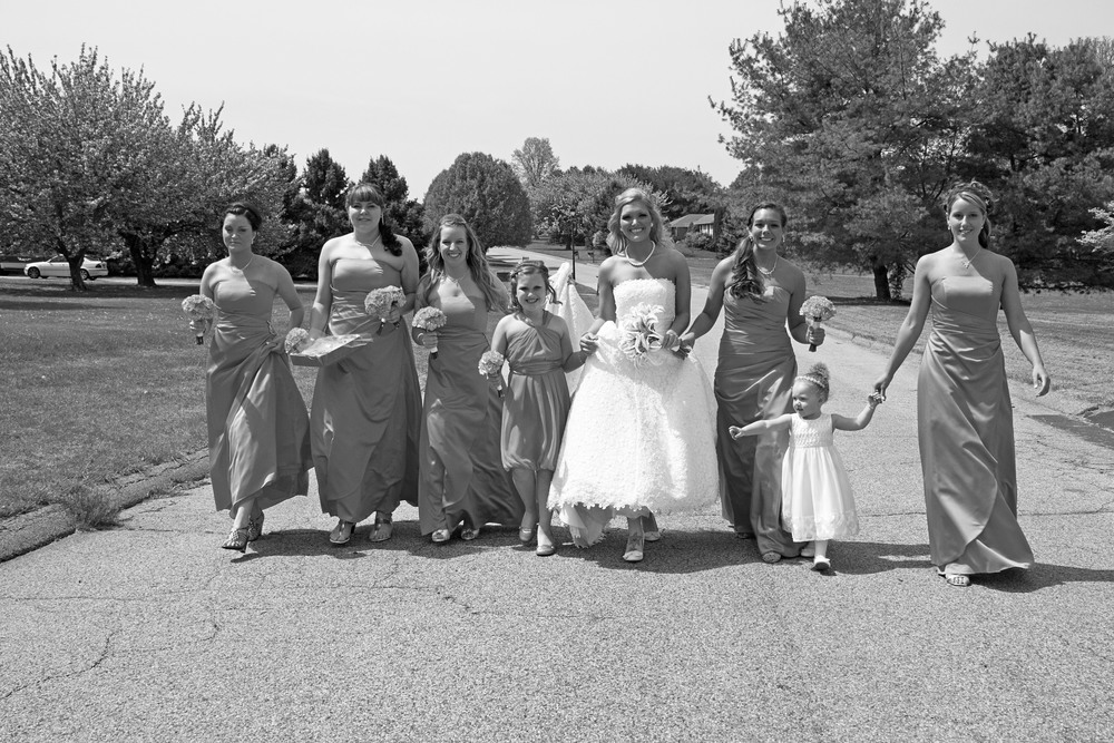 bridalpartywalkingbw_2.jpg
