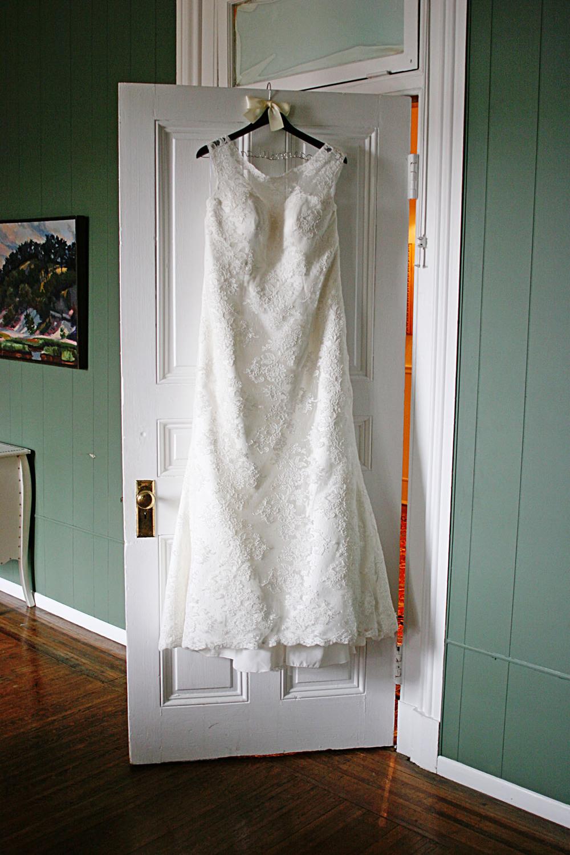 weddingdress_1.jpg