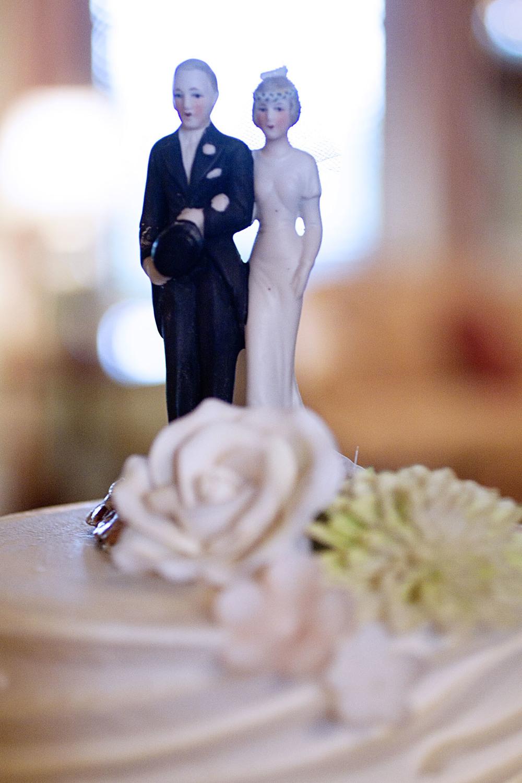 weddingcaketopper_1.jpg