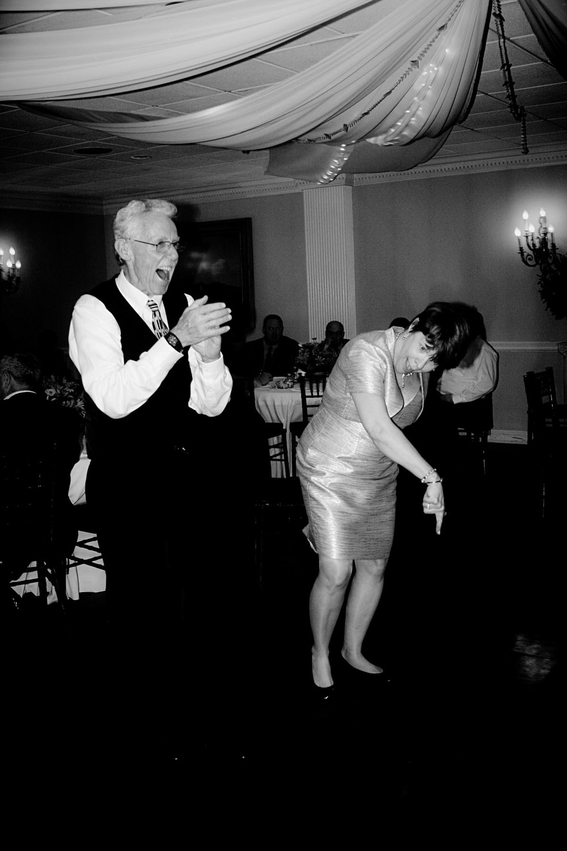 lenny_guest_dancing_bw_1.jpg