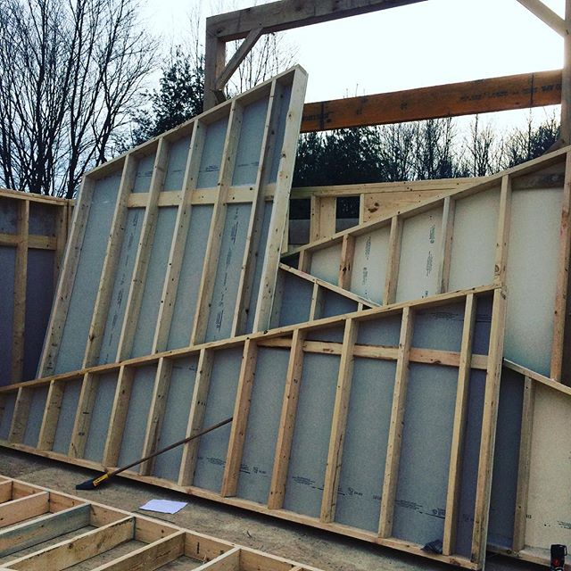 Pile of rake walls ready for the crane!!! @morgan4582 @bydoing #cayugajoinery #timberframing #fingerlakes