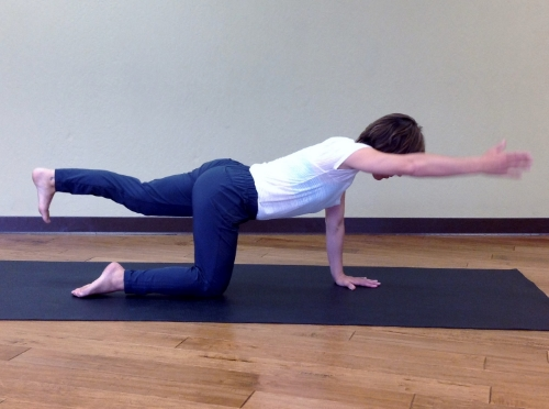 Opposite arm/leg reach