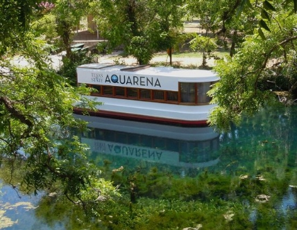 Glass bottom boat on the San Marcos river
