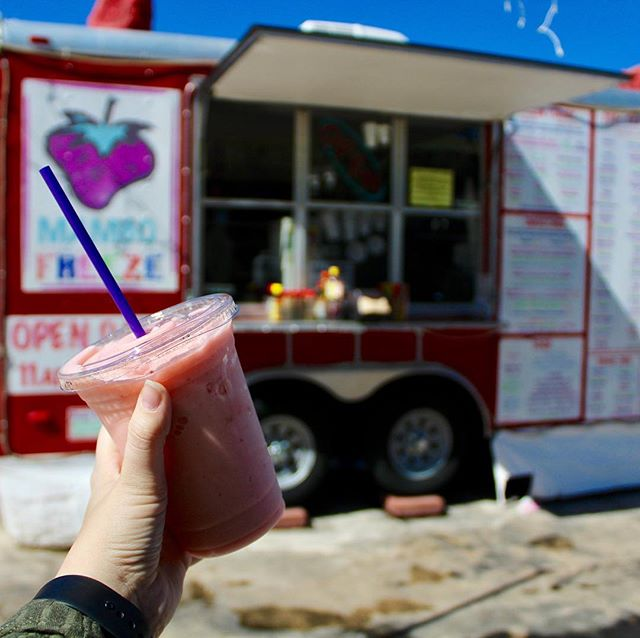 Craving something sweet? Try the strawberry limeade smoothie from @mambo_freeze. #thehitchsm #eatlocal