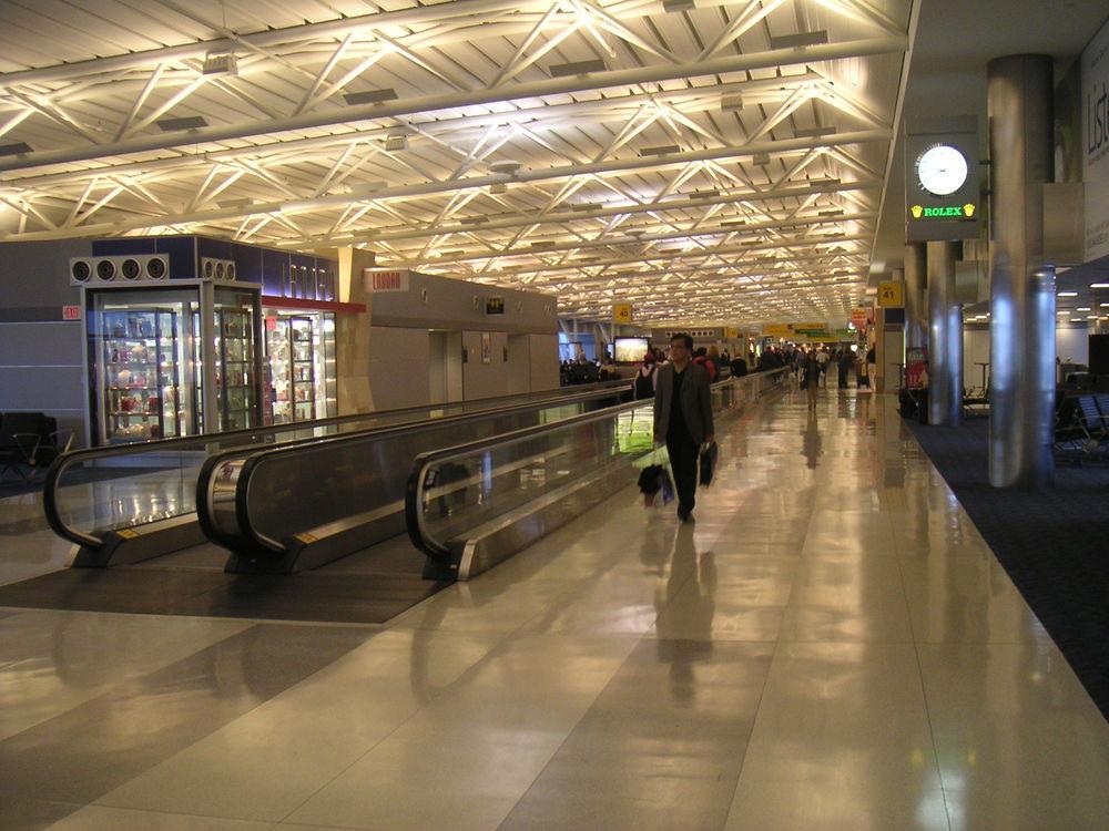 AIRPORT 5-20.JPG