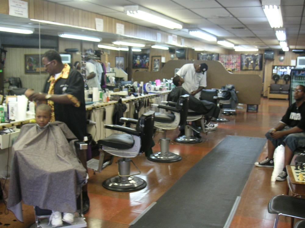Barber Shop 4