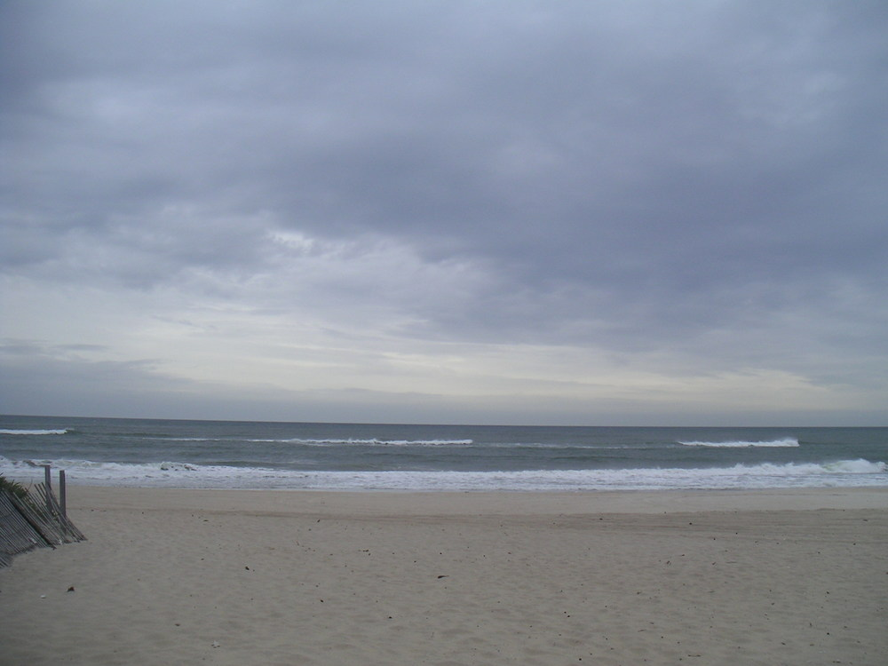 BEACH 4-01.JPG