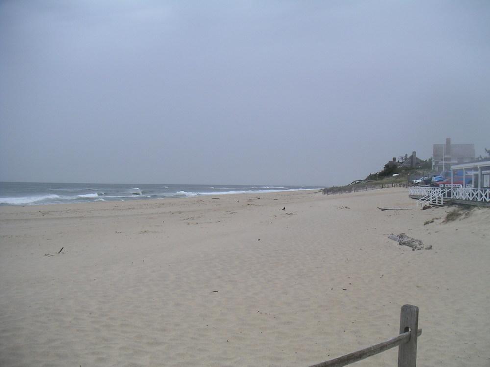 BEACH 3-02.JPG