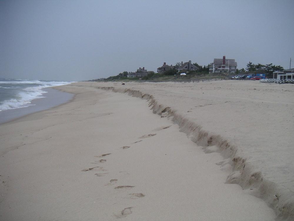 BEACH 3-07.JPG