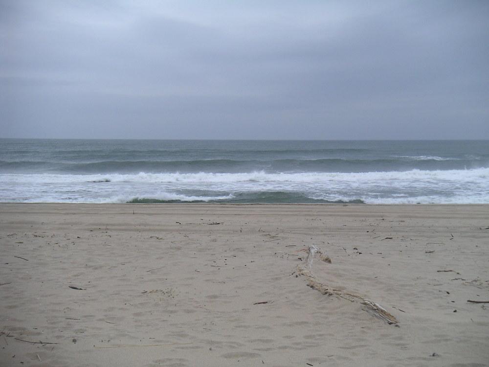 BEACH 3-10.JPG