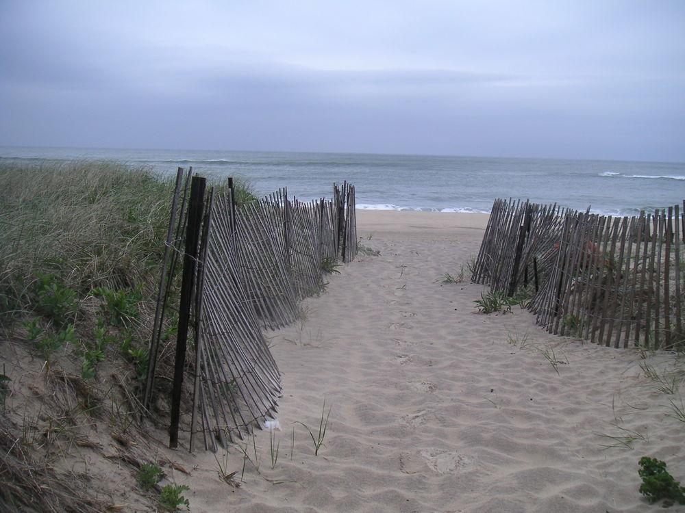BEACH 2-01.JPG