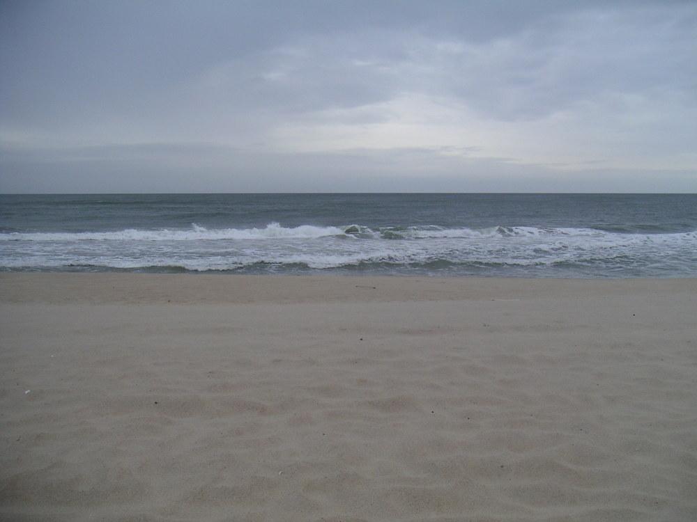 BEACH 1-06.JPG