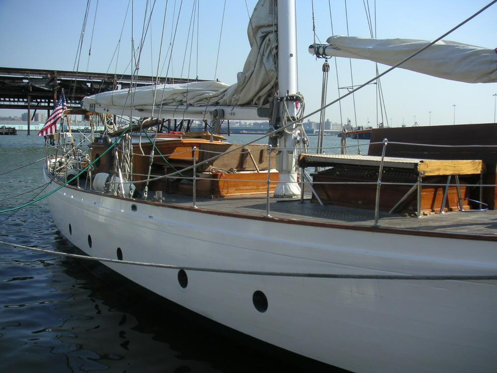 BOAT 5-05.JPG