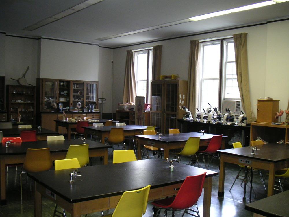 COLLEGE 1-08.JPG
