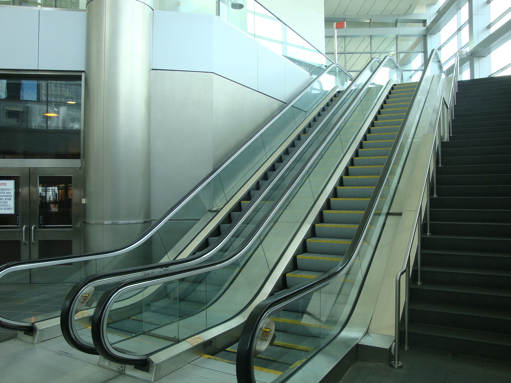 ESCALATOR 6-03.JPG