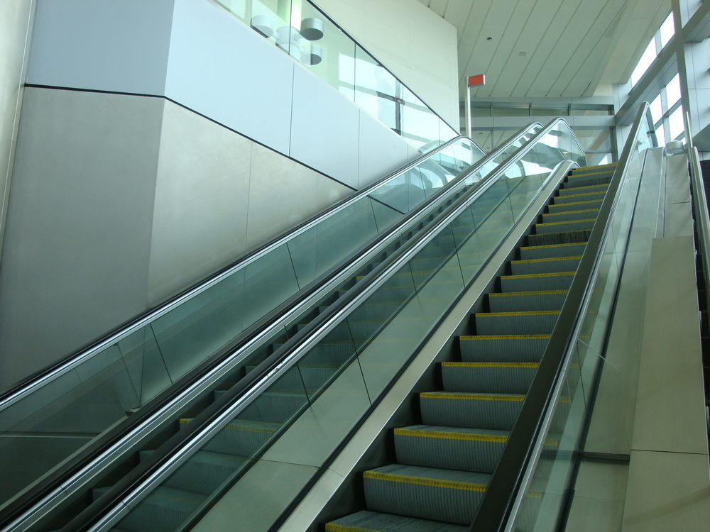 ESCALATOR 6-05.JPG