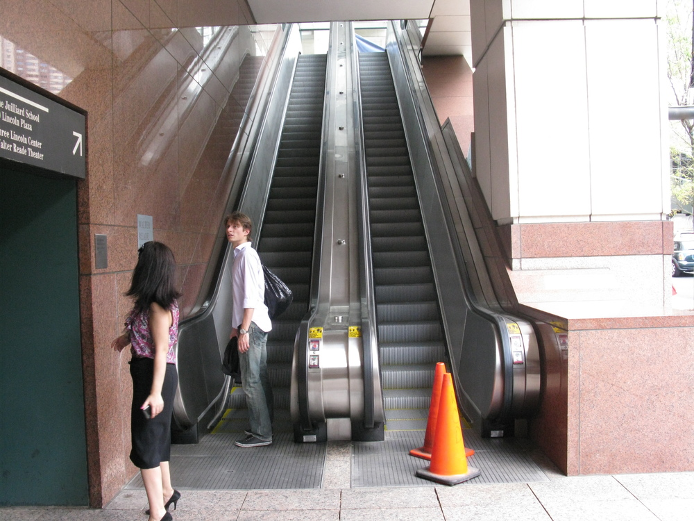 ESCALATOR 4-06.JPG