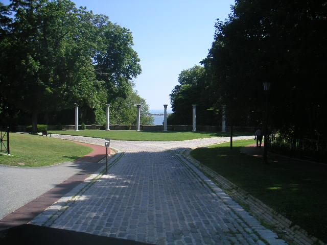 Estate 7-96.JPG