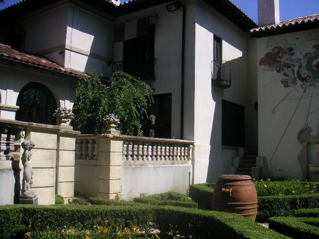Estate 7-121.JPG