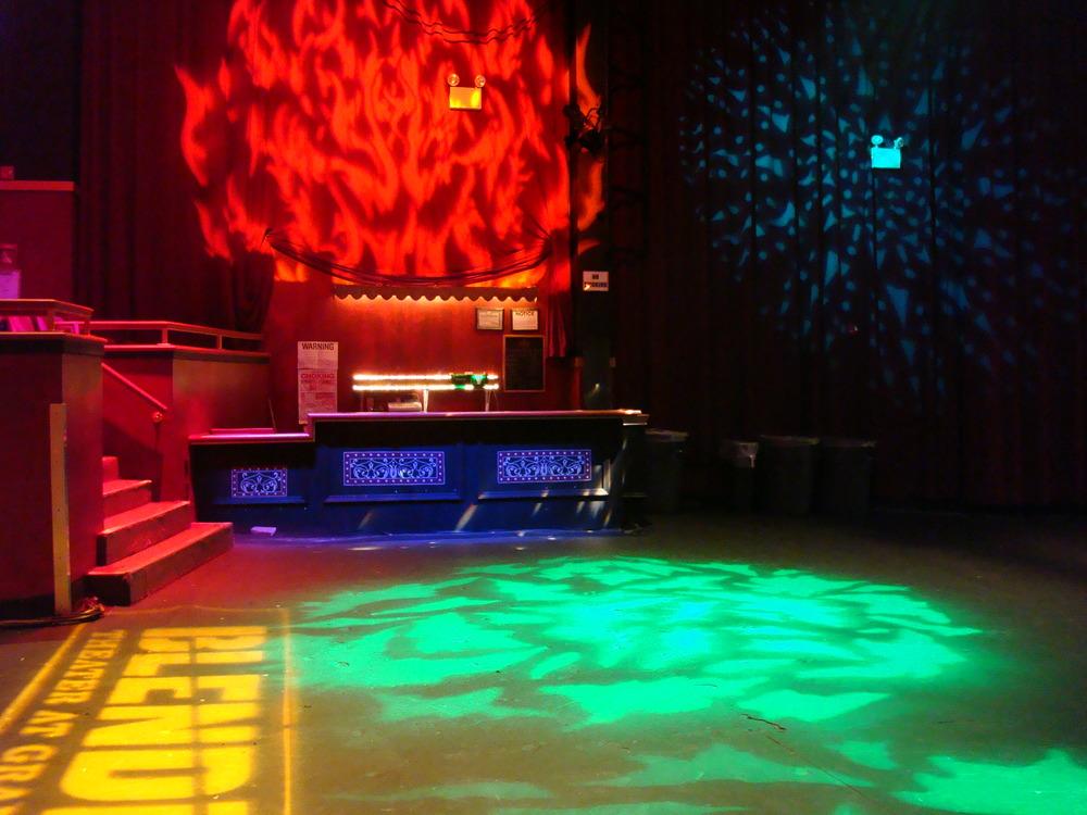 LIVE VENUE 16-02.JPG