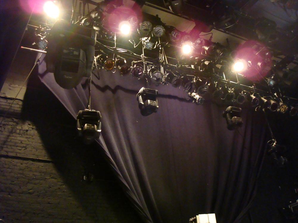 LIVE VENUE 16-09.JPG