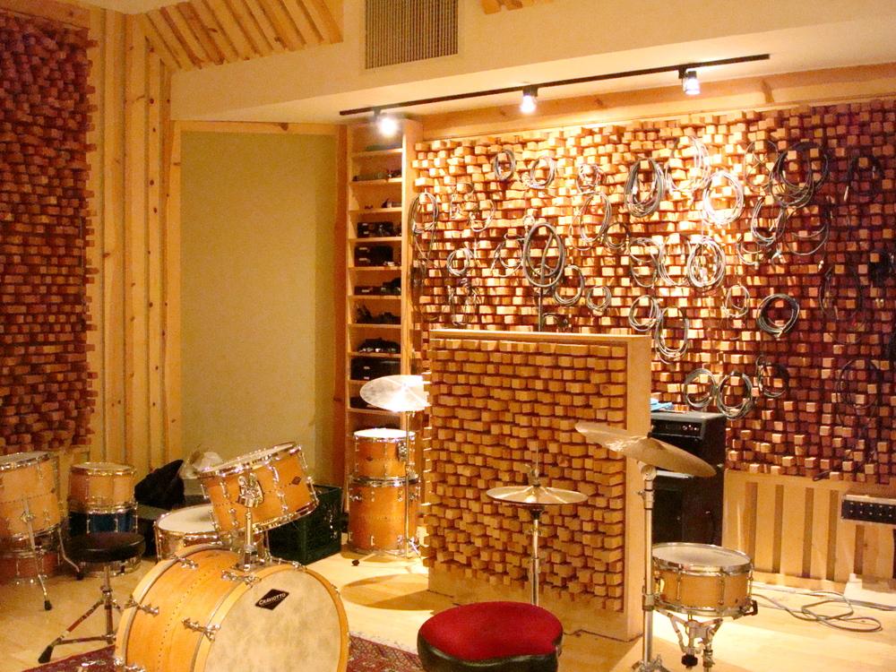 MUSIC STUDIO 13-02.JPG