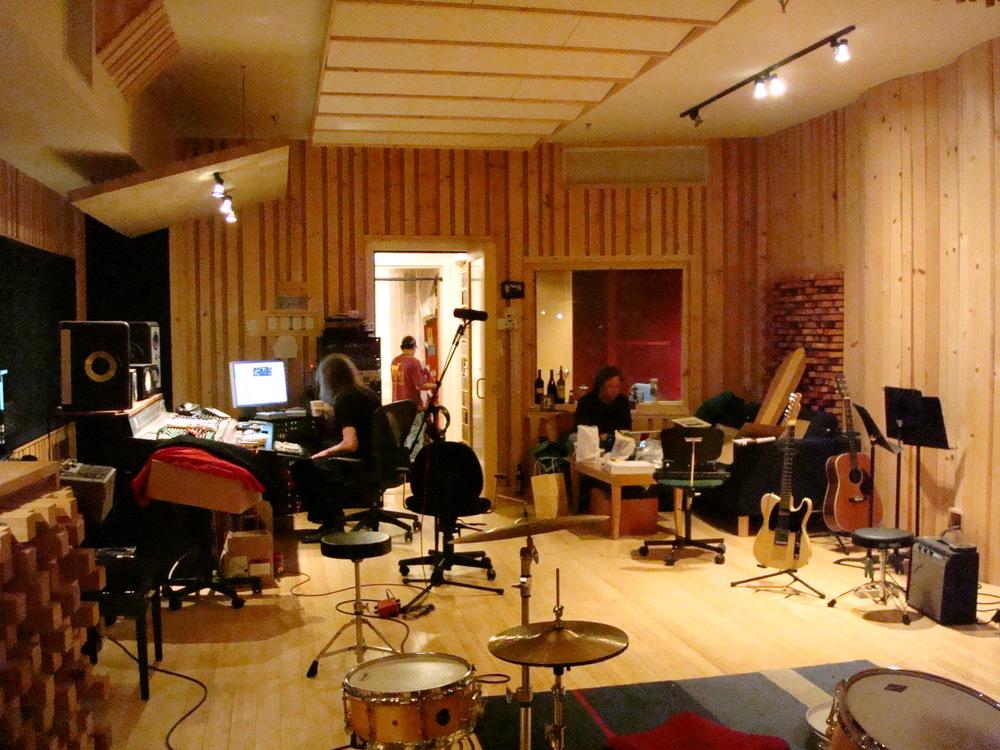 MUSIC STUDIO 13-03.JPG