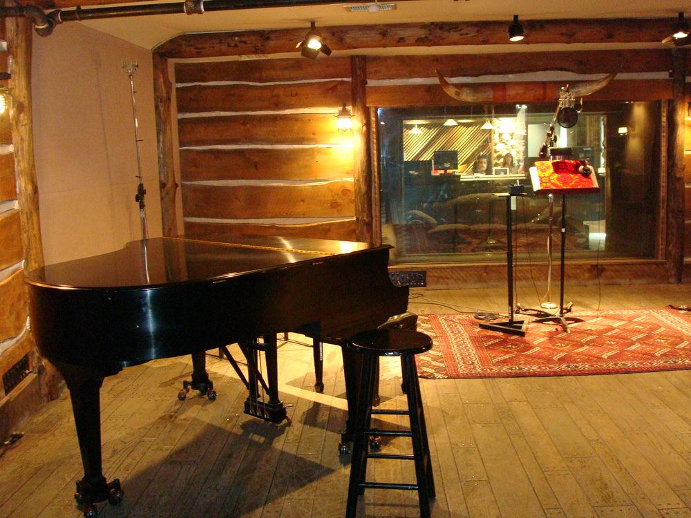 MUSIC STUDIO 12-12.JPG