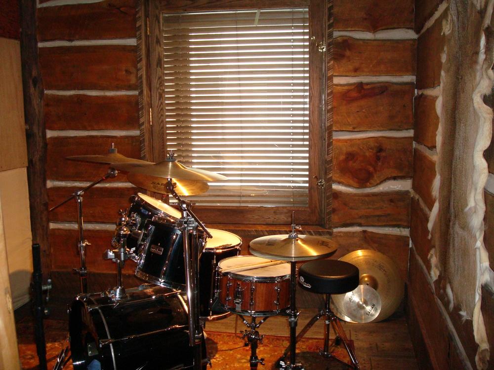 MUSIC STUDIO 12-13.JPG