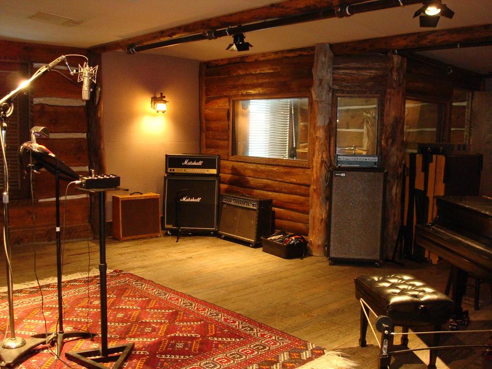 MUSIC STUDIO 12-15.JPG