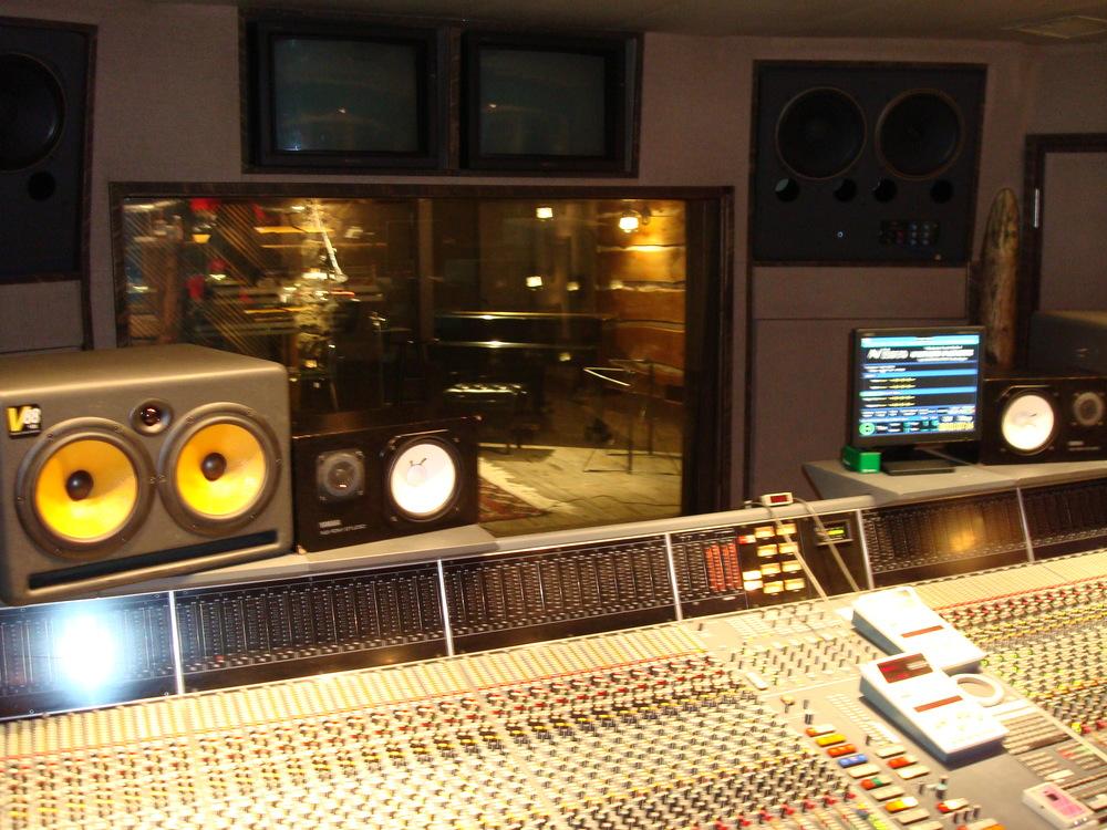 MUSIC STUDIO 12-18.JPG