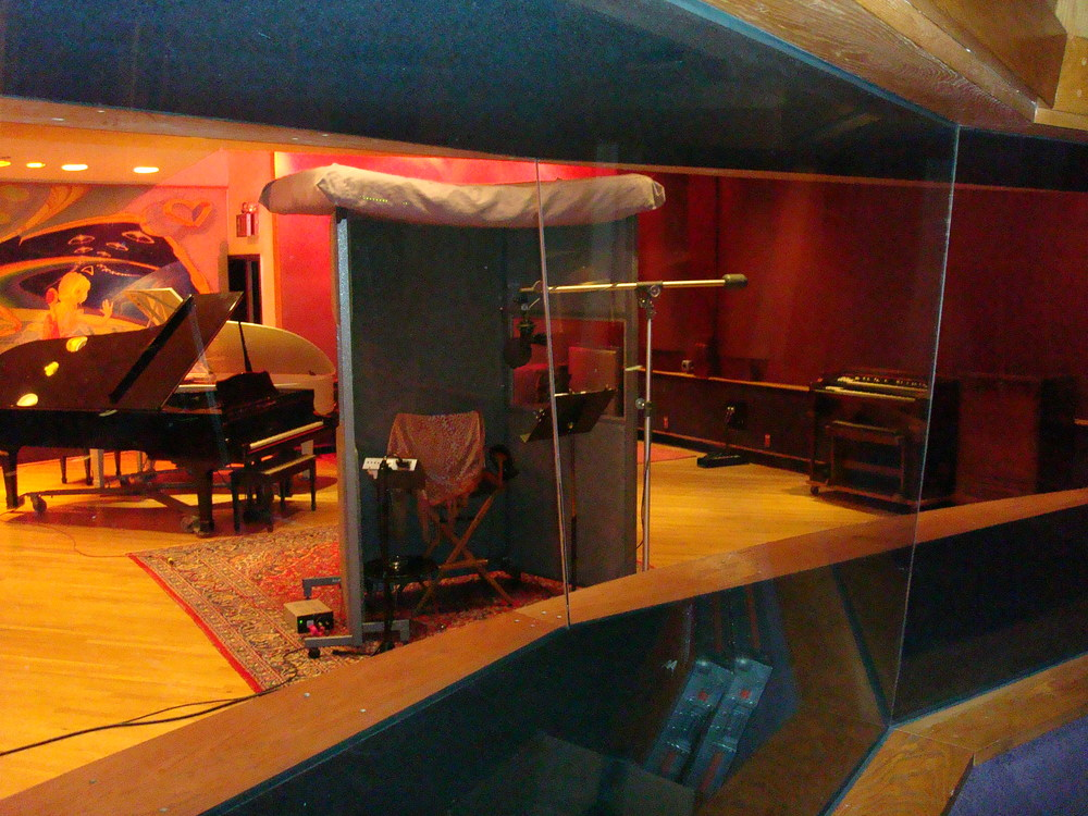 MUSIC STUDIO 11-A-11.JPG