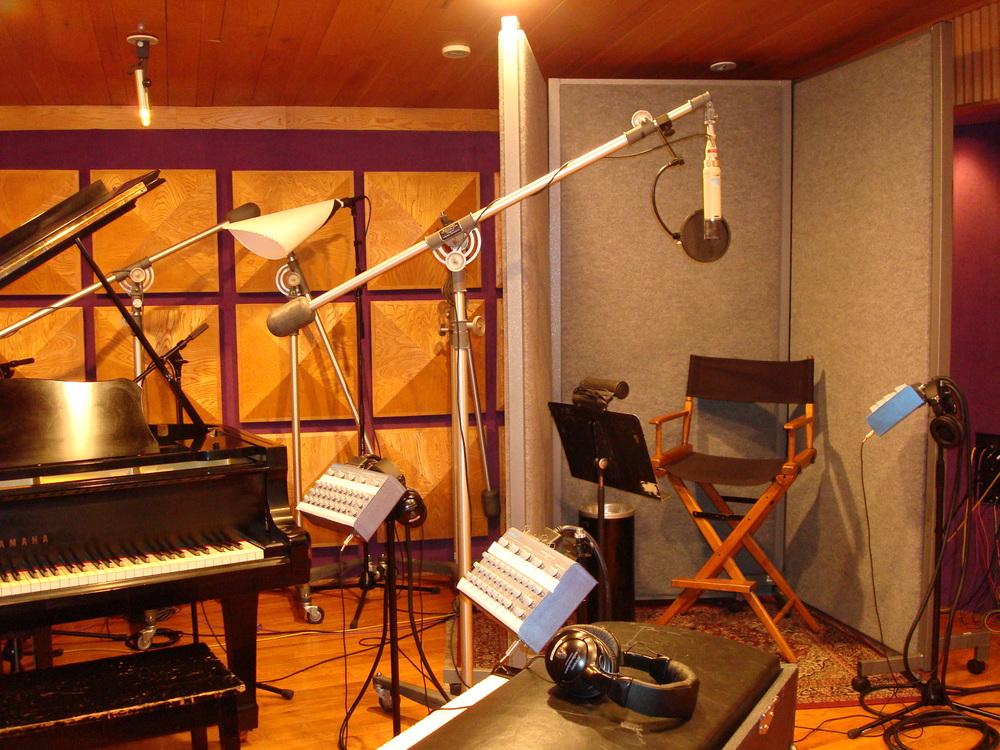 MUSIC STUDIO 11-B-03.JPG