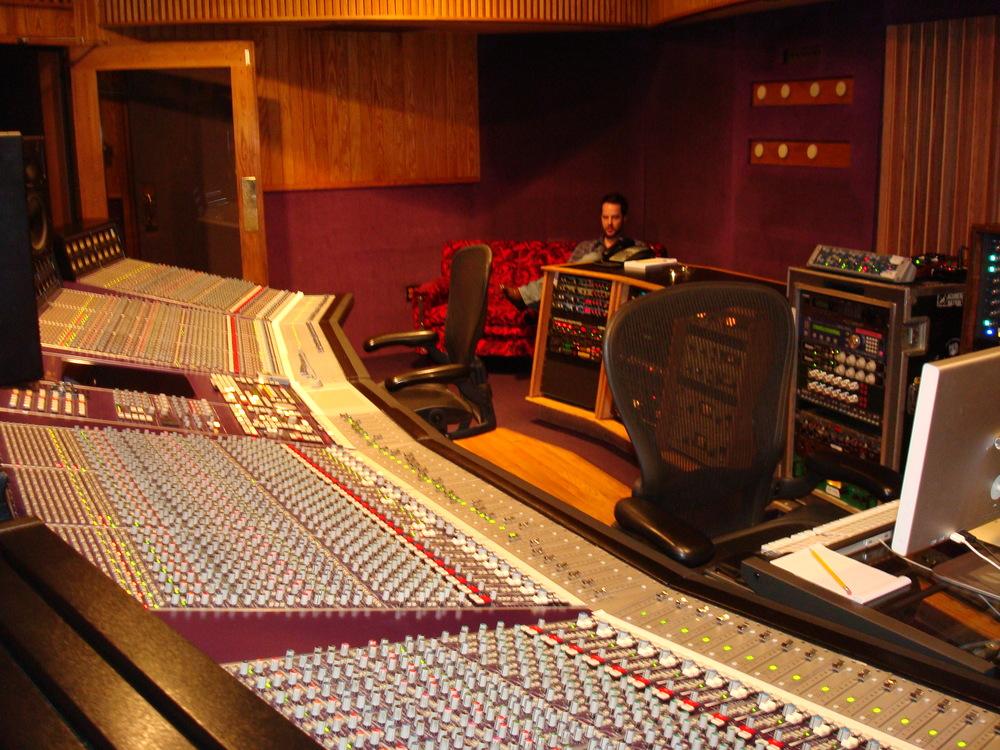 MUSIC STUDIO 11-B-08.JPG