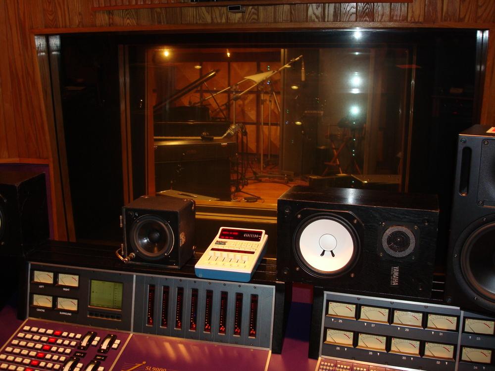 MUSIC STUDIO 11-B-09.JPG
