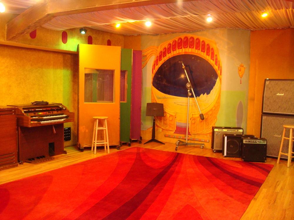 MUSIC STUDIO 11-C-01.JPG