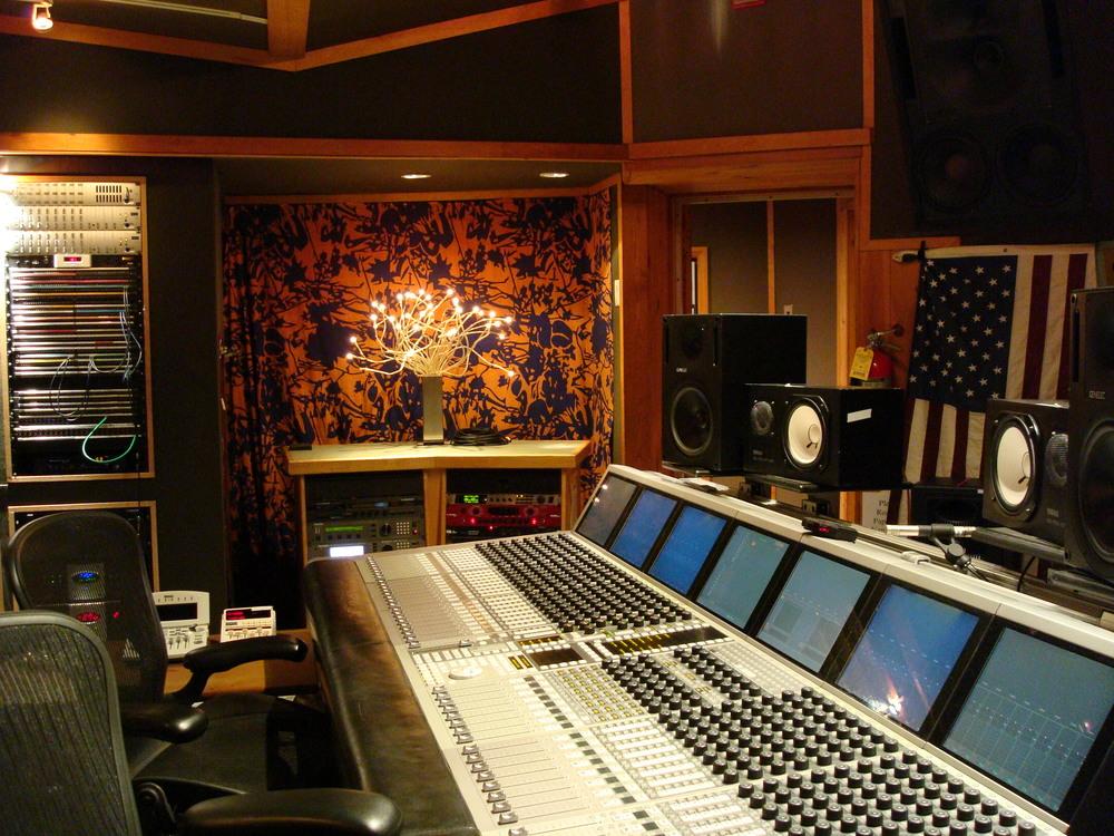 MUSIC STUDIO 8-16-STUDIO B.JPG