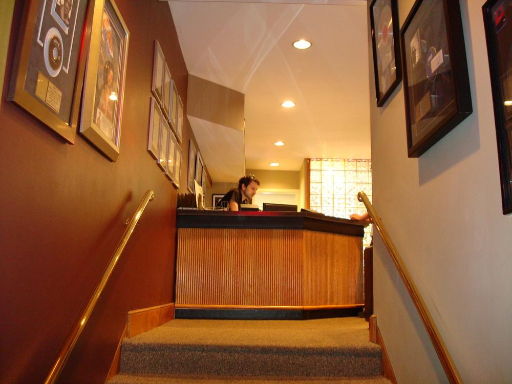 MUSIC STUDIO 8-34.JPG
