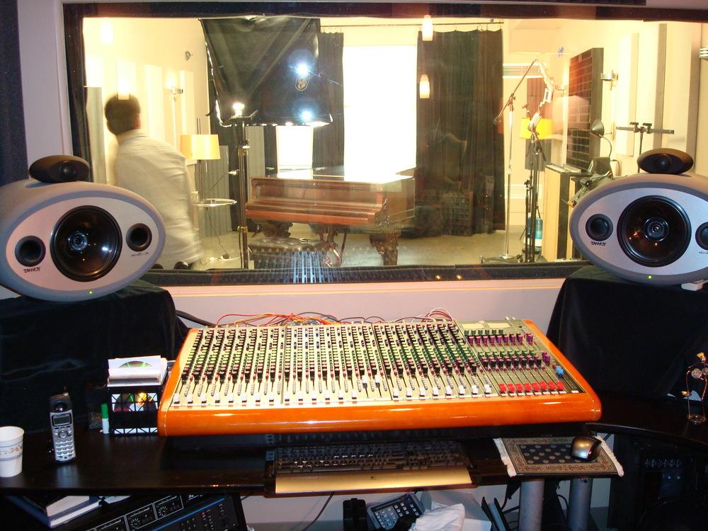 MUSIC STUDIO 7-02.JPG