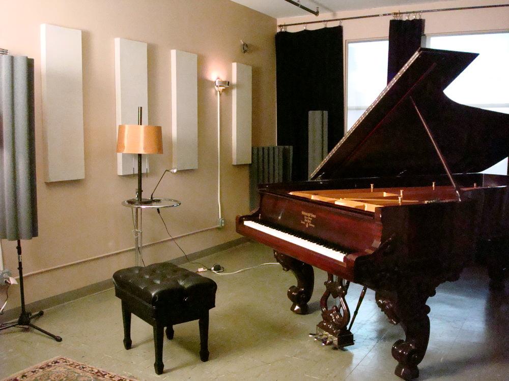 MUSIC STUDIO 7-05.JPG