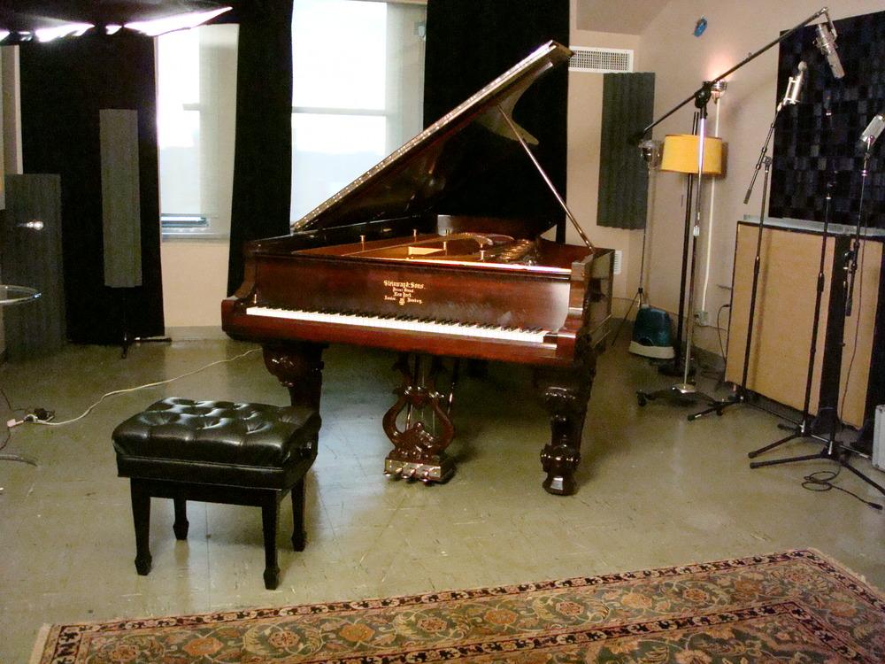 MUSIC STUDIO 7-08.JPG