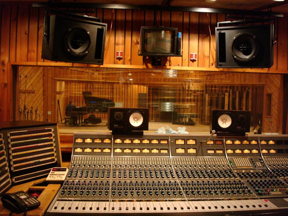 MUSIC STUDIO 5-02-STUDIO A.JPG