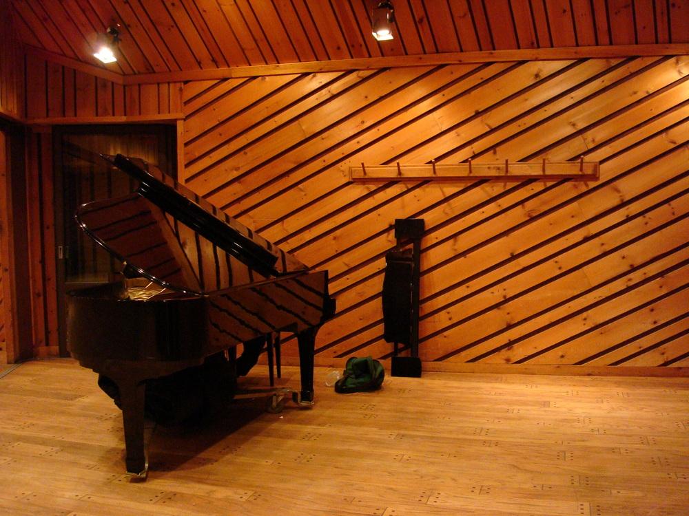 MUSIC STUDIO 5-07-STUDIO A.JPG