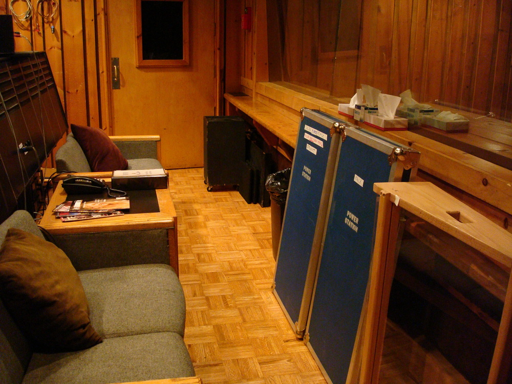 MUSIC STUDIO 5-13-STUDIO B.JPG