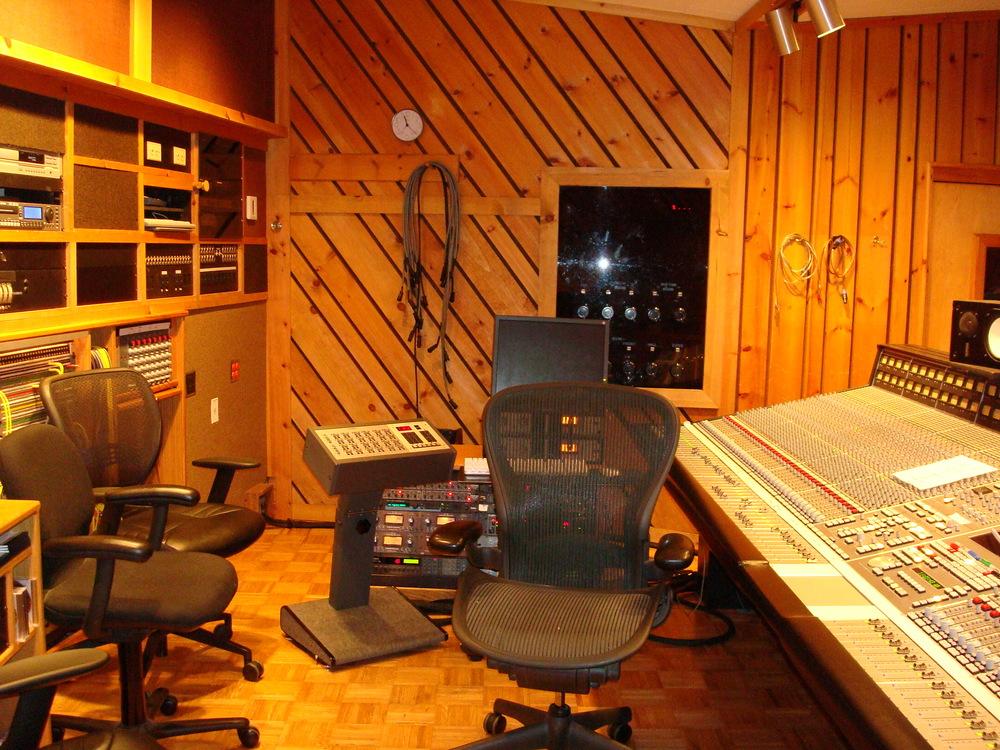 MUSIC STUDIO 5-17-STUDIO B.JPG