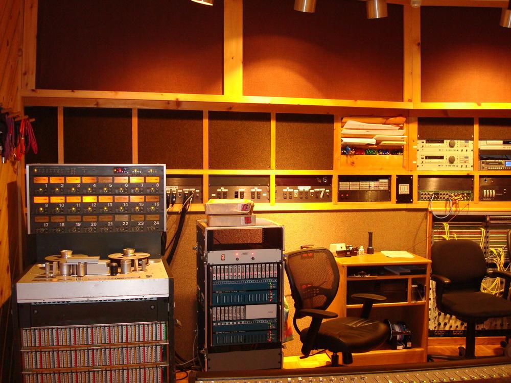 MUSIC STUDIO 5-18-STUDIO B.JPG